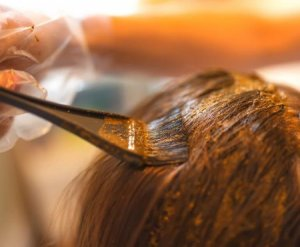 If you're Dyeing your Hair, Use Natural and Chemical-Free Henna