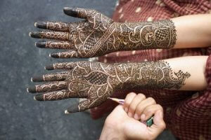 If you Want Henna for Body Art Mehendi, Look for PPD-Free Options