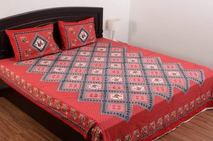 Flat Sheets Need Ironing and Tucking in, but have More Designs