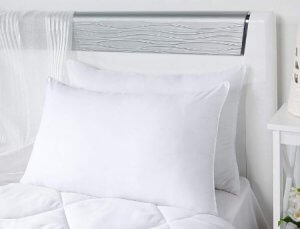 3. Solimo Ultra Soft Bed Pillow