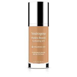 Liquid or Cream Foundations for Keeping Dry Skin Hydrated